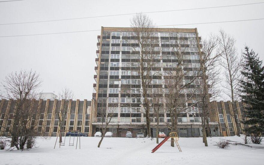 Seimas pasiryžo uždrausti pernuomoti socialinius būstus