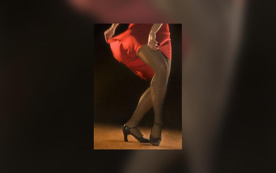 Moters kojos, grožis