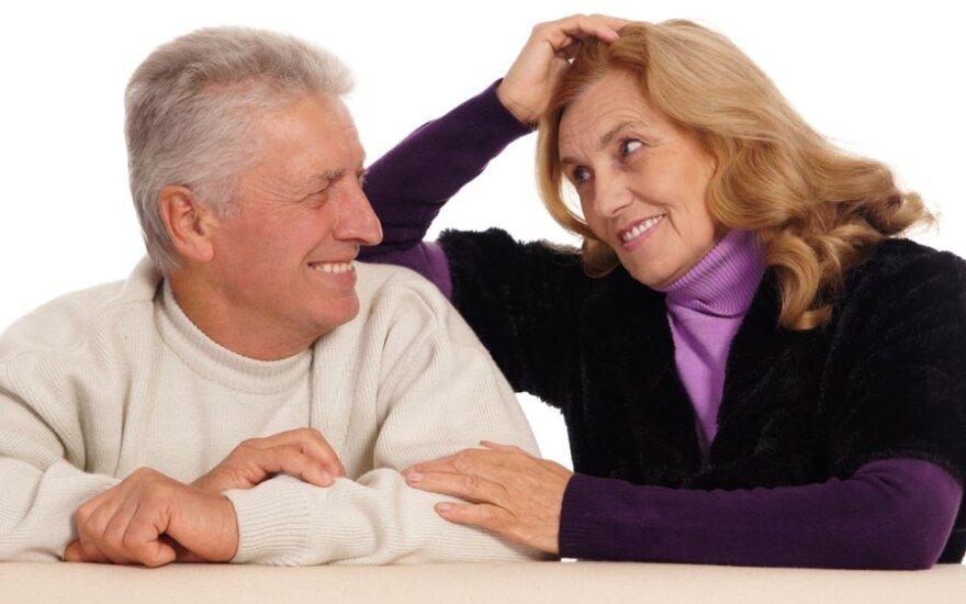 Pakaitinė hormonų terapija: už galimybę atitolinti senatvę – vėžys