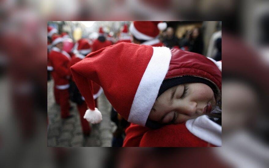 Amerikiečiai saugo vaikus nuo Kalėdų senių pedofilų