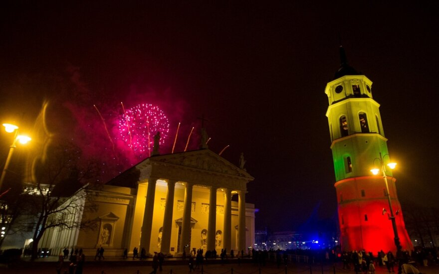 Eurobarometras: du trečdaliai lietuvių patenkinti savo gyvenimu