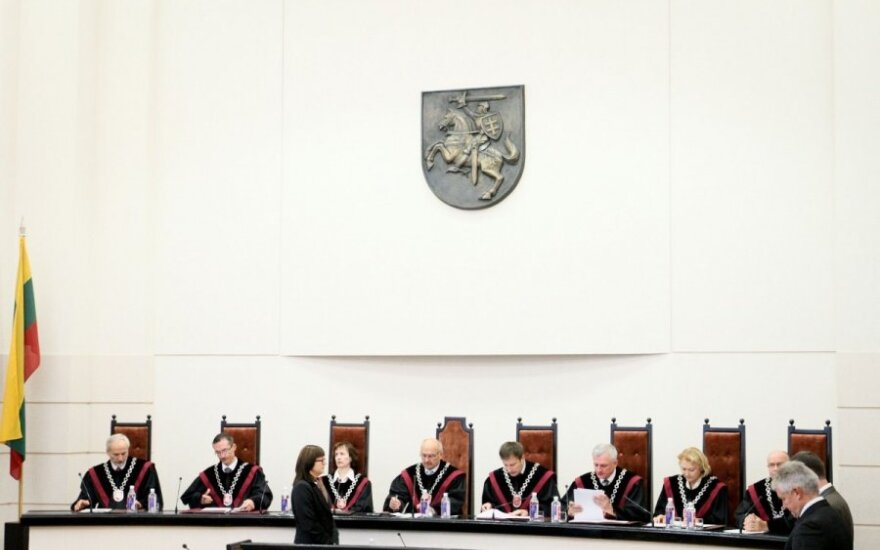 Lithuanian parliament wants top court stripped of right to rule on budget issues