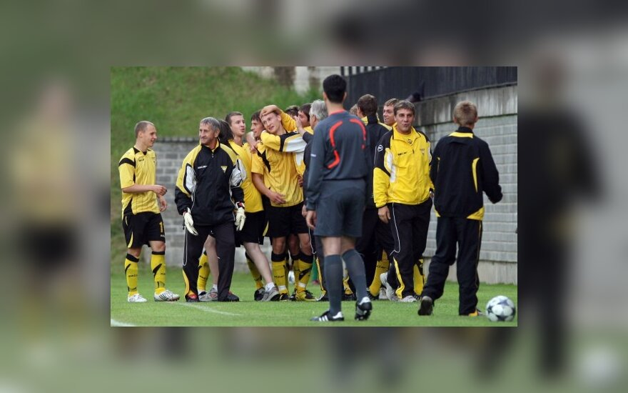 """""""Vėtros"""" futbolininkai džiūgauja"""