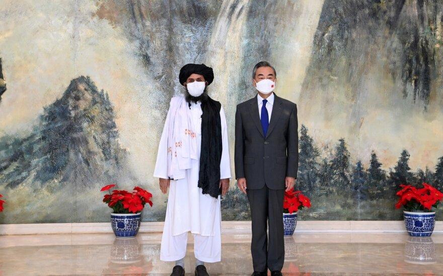 Wang Yi ir Abdulo Ghani Baradaro susitikimas