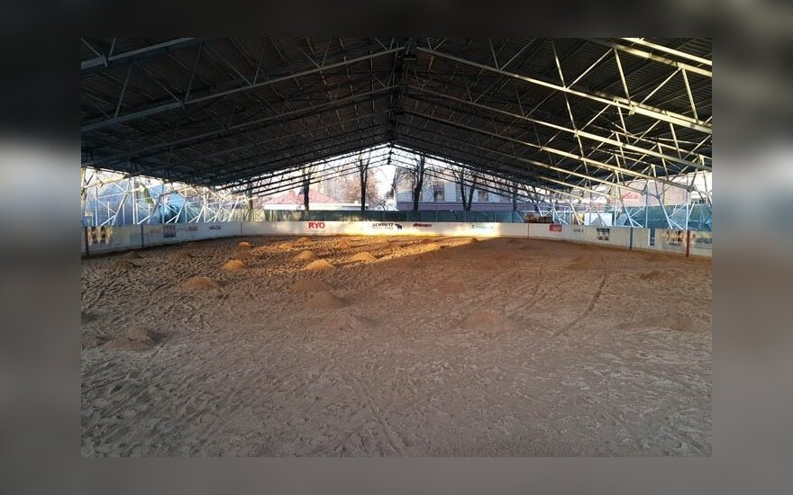 Panevėžiečiai per Naujuosius tikisi išbandyti arenos ledą