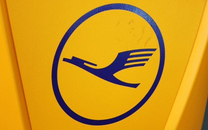 """""""Lufthansa"""" skrydžių palydovai pradėjo naują streiką"""