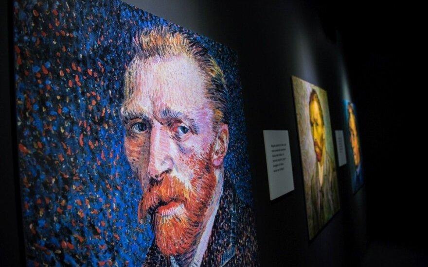 """""""Domino"""" teatro aktoriai Van Gogho parodoje"""