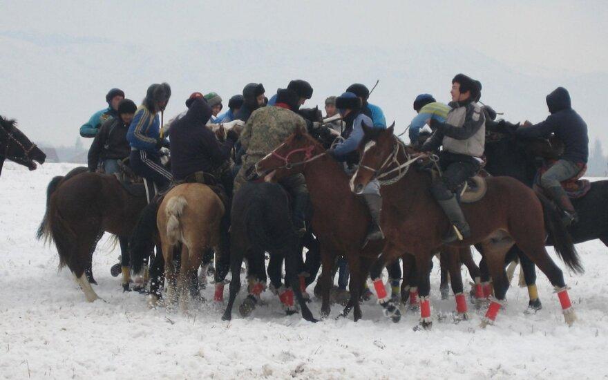 Kazachstane apsilankiusį profesorių stebino ir tradicijos, ir mokyklos
