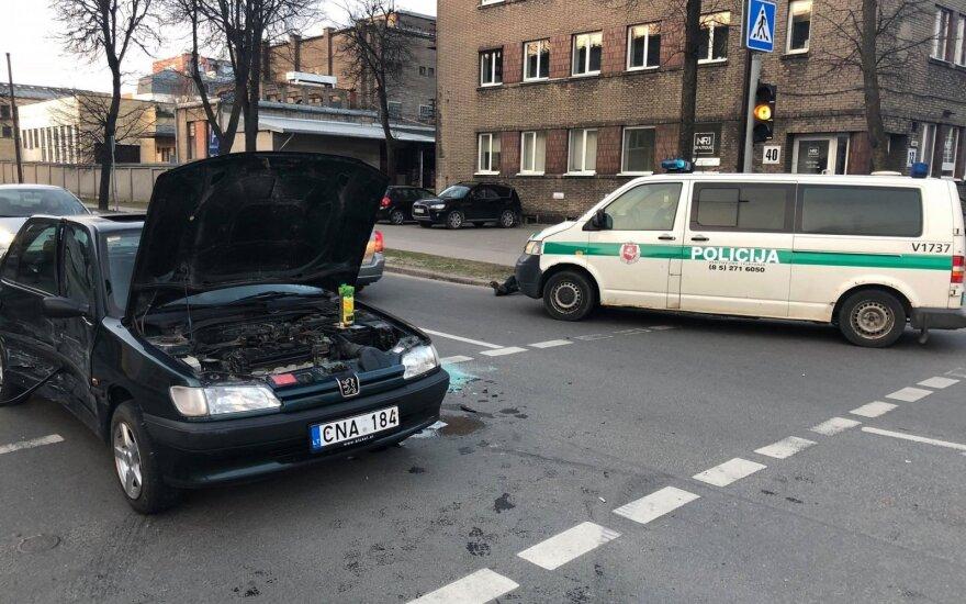 Vilniuje avariją sukėlė vairuotojo pažymėjimo neturintis vyriškis