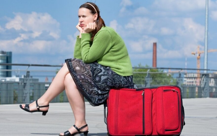 Moteris lietuviška pavarde Anglijoje iš darbdavio pavogė 120 tūkt. svarų ir išvyko atostogauti į Dubajų