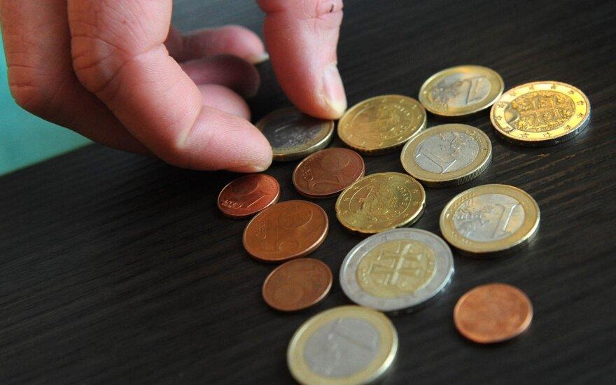 Grynieji pinigai Lietuvoje praranda populiarumą