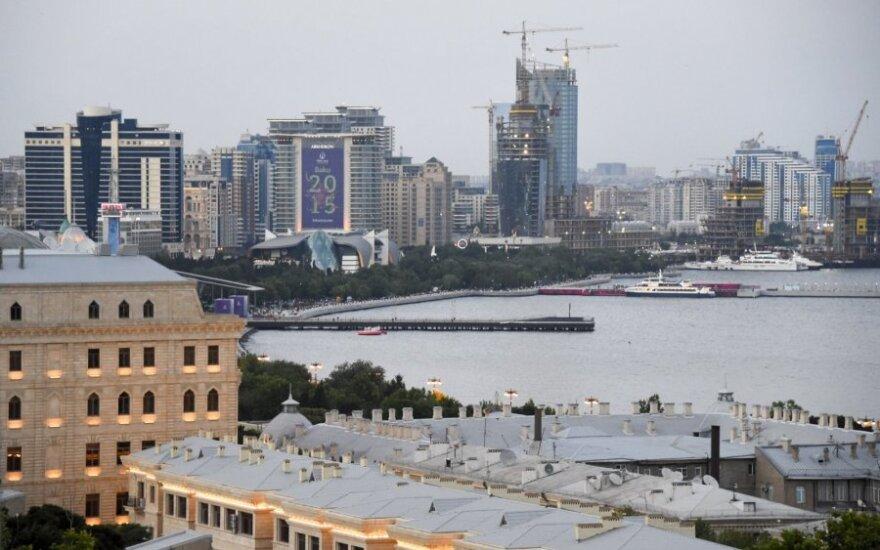 Azerbaidžanas balsuoja rinkimuose, kuriuos boikotuoja opozicija