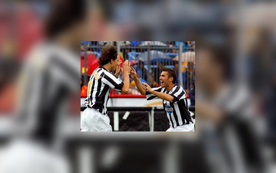 """Zlatanas Ibrahimovičius ir Adrianas Mutu (""""Juventus"""")"""