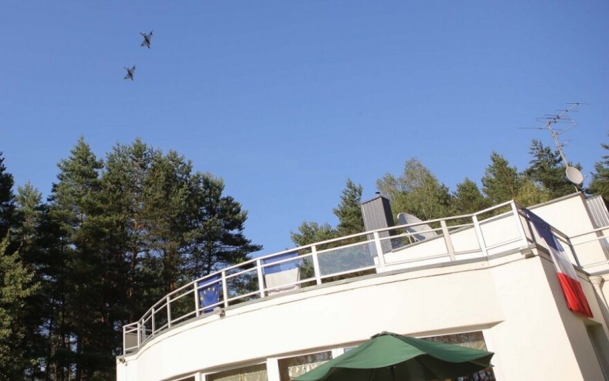 Military jets over French ambassador's residence in Vilnius