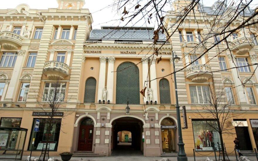 Į knygą sugulė Vilniaus mažojo teatro pasakojimai, liudijimai ir prisipažinimai