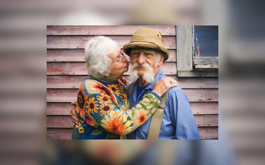 EK ataskaita: į pensiją europiečiai išeis sulaukę 70 metų