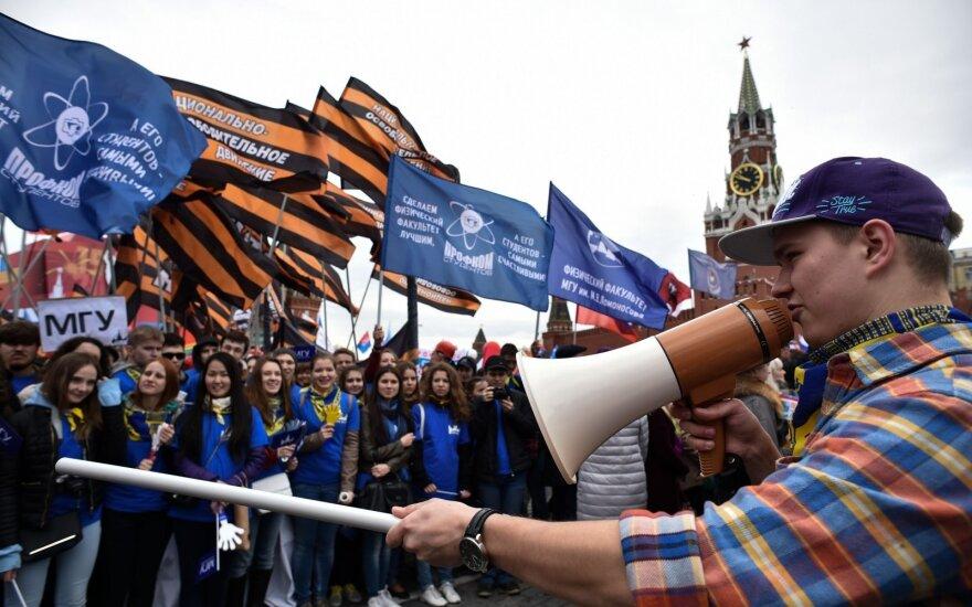 Gegužės 1-ąją lydėjo darbininkų ir aktyvistų protestai
