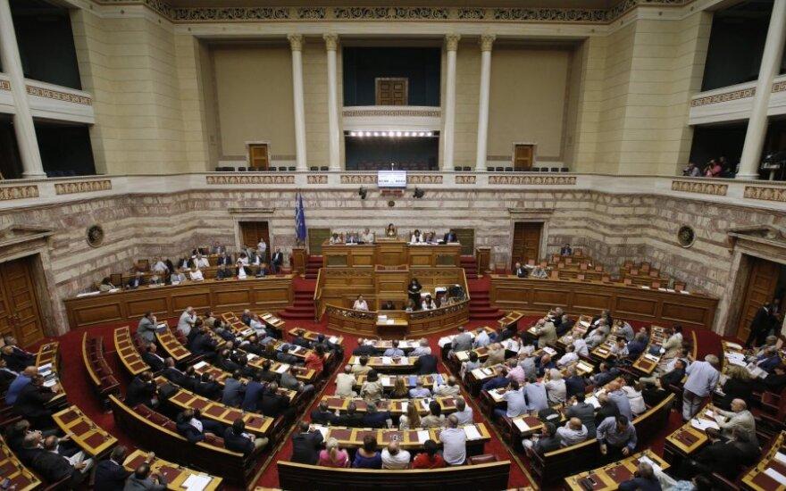 Graikijos parlamentas priėmė kreditorių reikalaujamų reformų paketą
