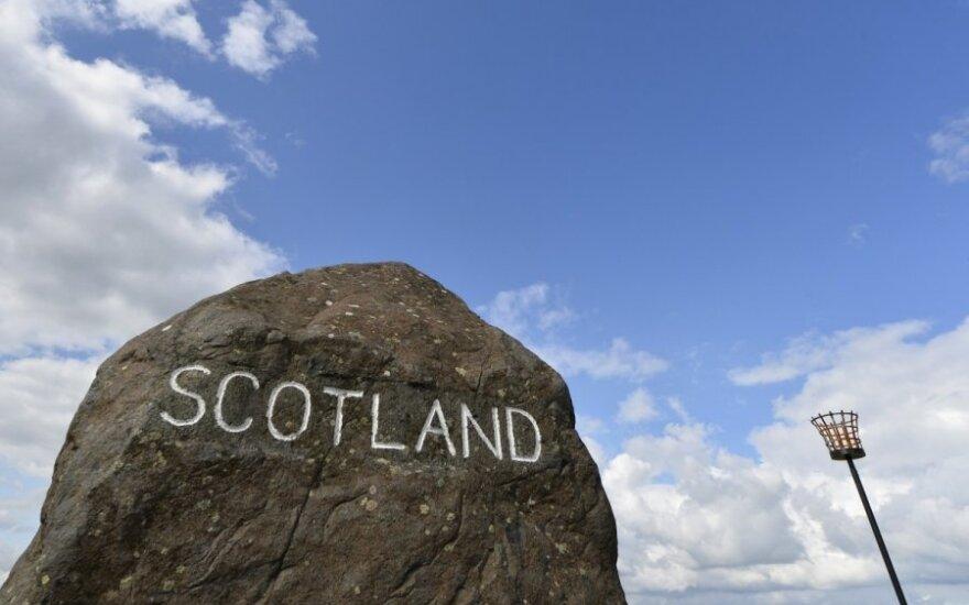 Škotijos referendumas: pranašumo neturi nė viena pusė