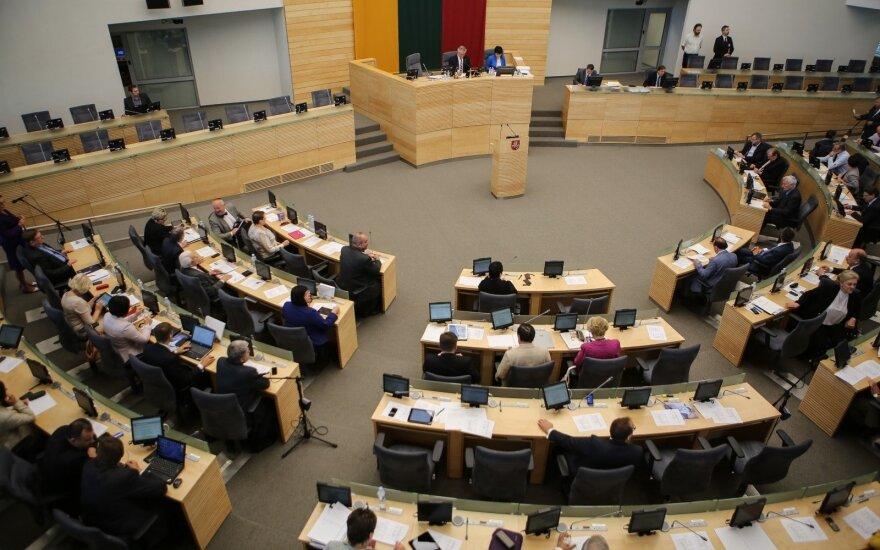 Penktadienį rengiamas nenumatytas Seimo posėdis