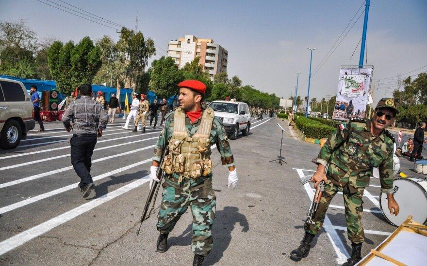 Irane per mirtininko sprogdintojo ataką žuvo 27 Revoliucinės gvardijos kariai