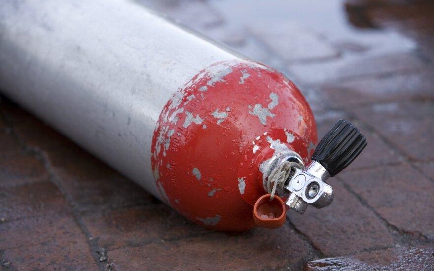 Išanalizavo situaciją: šalyje daugybėje daugiabučių, nepaisant saugumo reikalavimų, maistui ruošti naudojami dujų balionai