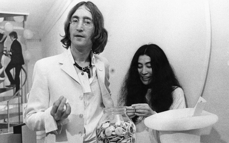 Yoko Ono ir Johnas Lennonas