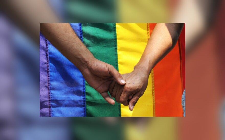 """""""Amnesty International"""" atstovas: homofobiją stiprina ir tolerantiškų žmonių tyla"""