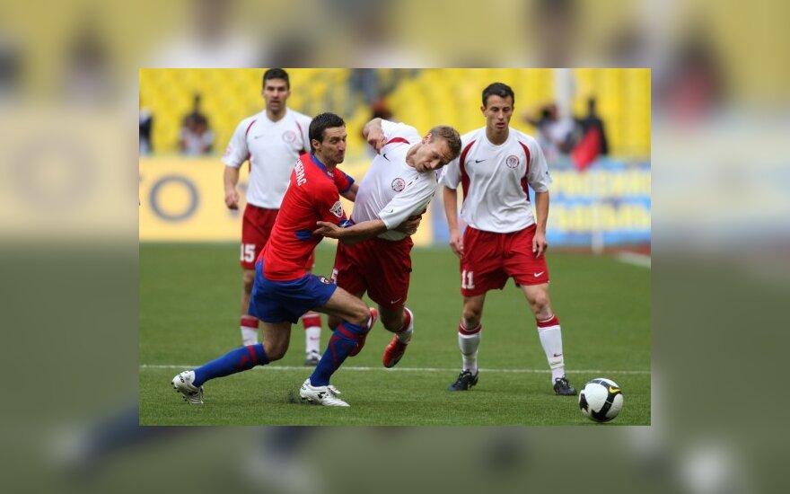 D.Šemberas kovoja su Permės futbolininkais