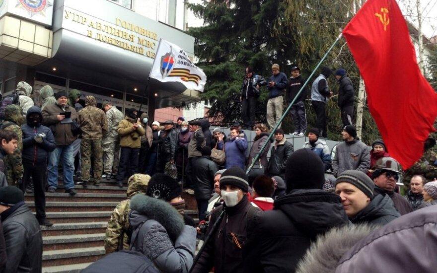 Lietuva smerkia separatistus Ukrainoje
