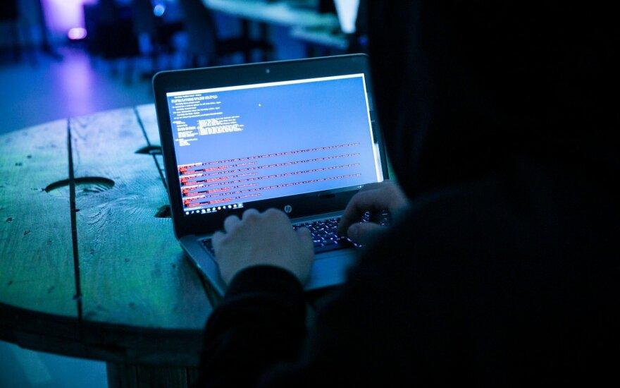 Ekspertas: rusų programišiai puola institucijas, turinčias svarbios informacijos