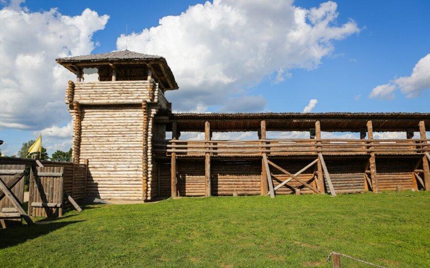 Šeimyniškėlių piliakalnis