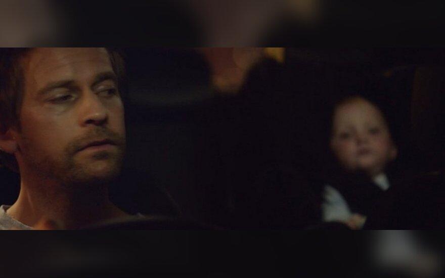 Vairuojantis tėvelis