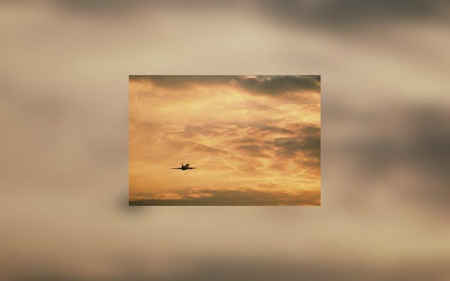 lėktuvas, erdvė, dangus, skrydis, debesys