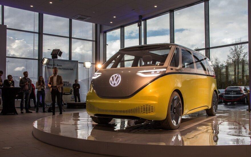 """""""Volkswagen"""" pristatė naują atstovybę Taline ir """"ID Buzz"""" koncepcinį automobilį. Aivaro Grigelevičiaus nuotr."""