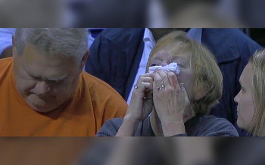 Per NBA rungtynes nukentėjo žiūrovė