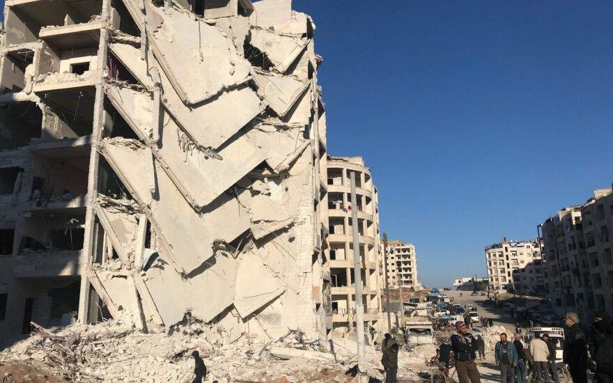 Sirijos Manbidžo mieste per išpuolį žuvo 7 JAV remiamų pajėgų kovotojai