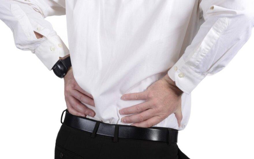 Nugaros skausmas – svarbus simptomas: ką reikia keisti
