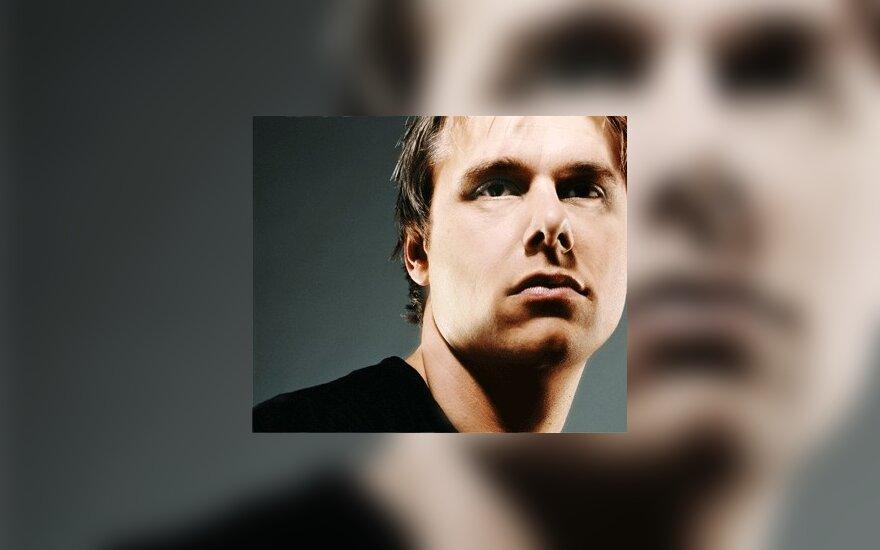 Armin van Buren radijo laidos jubiliejinis vakarėlis bus tiesiogiai transliuojamas iš naktinio klubo