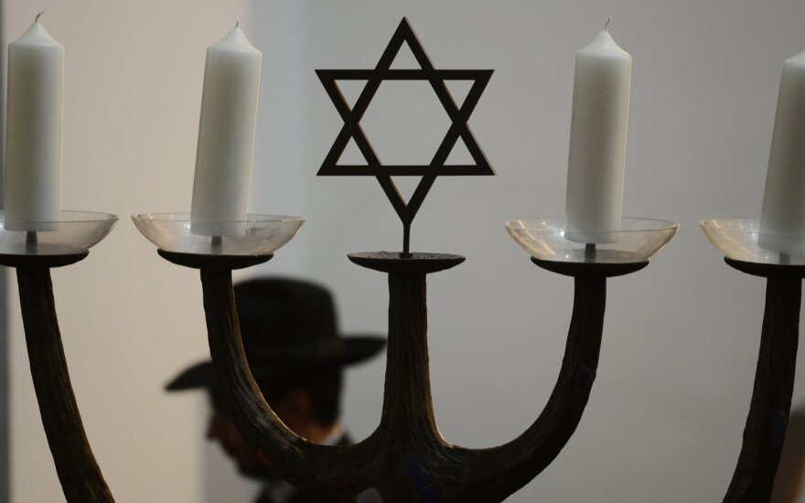 Lithuania pays tribute to rescuers of Jews from Holocaust
