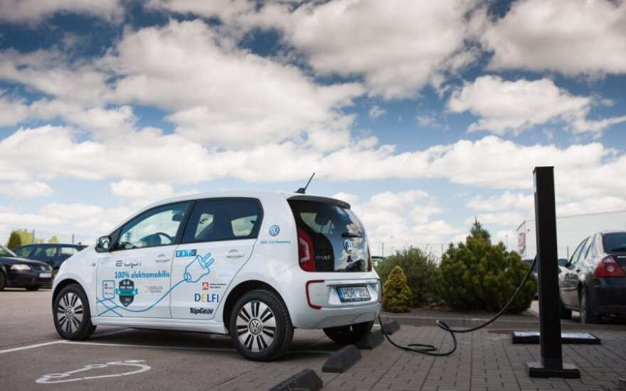 Elektromobilių lenktynės nuo Vilniaus iki Palangos