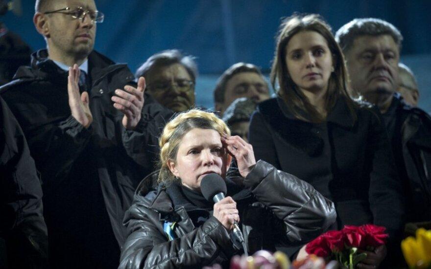 Maidanas švenčia: J. Tymošenko įvardijo, iki kada protestuotojai turi nesitraukti iš Maidano