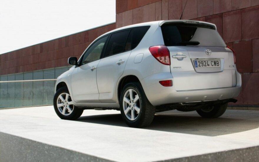 Toyota RAV4 (2006 m.)