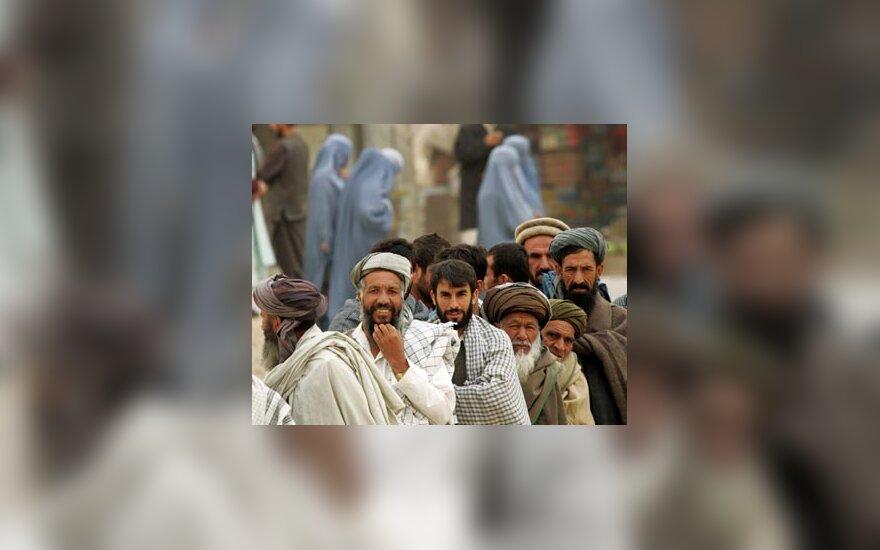Rinkimai Afganistane, Afganistanas, afganistaniečiai