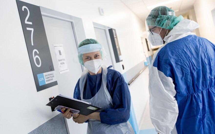 2104 nauji koronaviruso atvejai, mirė dar 17 žmonių: mirštančiųjų amžius mažėja