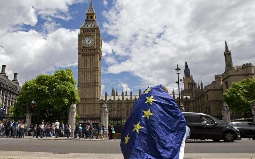 Remain campaigner in front of Big Ben