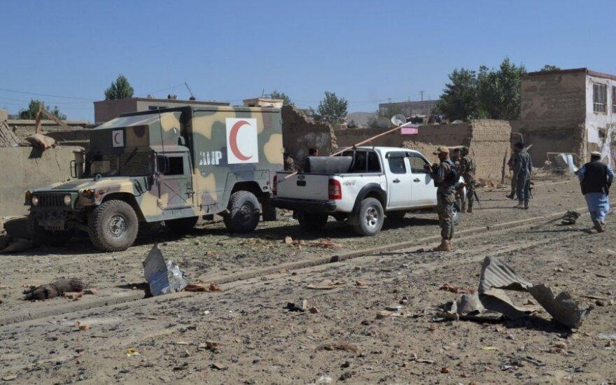 Afganistanas: per sprogimą žuvusių žmonių skaičius išaugo iki 11, dar 35 sužeisti
