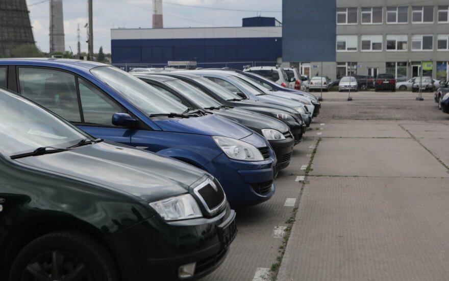 """Europos automobilių gamintojų asociacija: chaotiškas """"Brexitas"""" būtų katastrofa"""