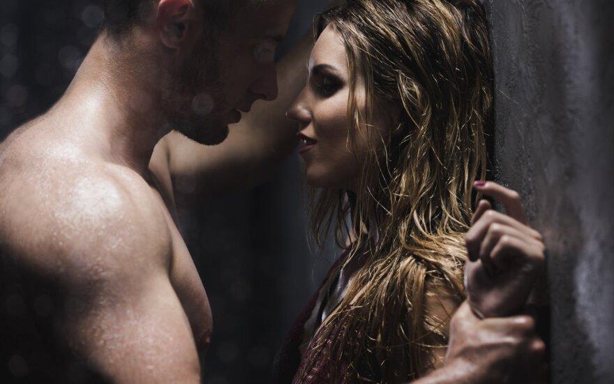 5 patarimai, kad seksas duše būtų nepamirštamas
