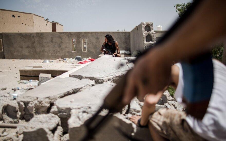 Pietų Libijoje per aviacijos smūgį žuvo 42 žmonės